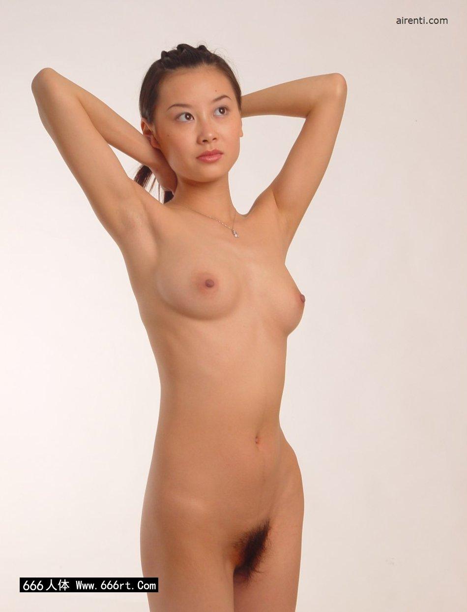 知名嫩模王丹棚拍优雅人体造型