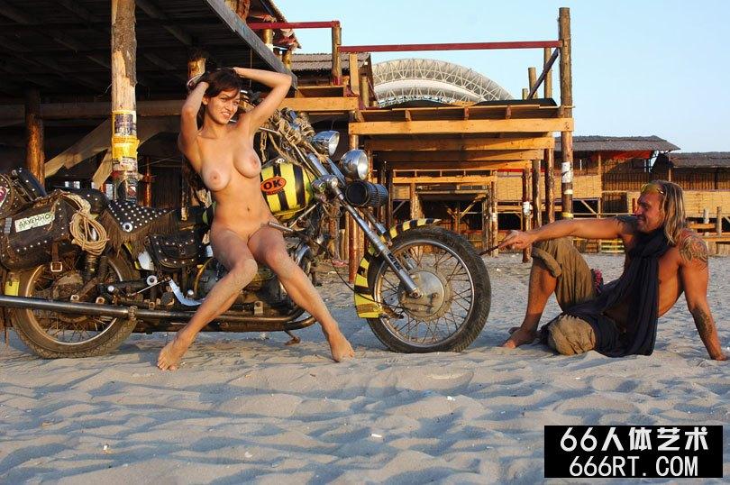 美模SOFIA海滩上和牛仔外拍人体-2