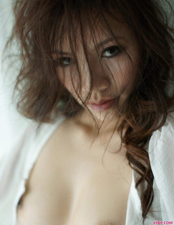 国模炮组图冰冰后篇02_长头发魅力美模紫依4