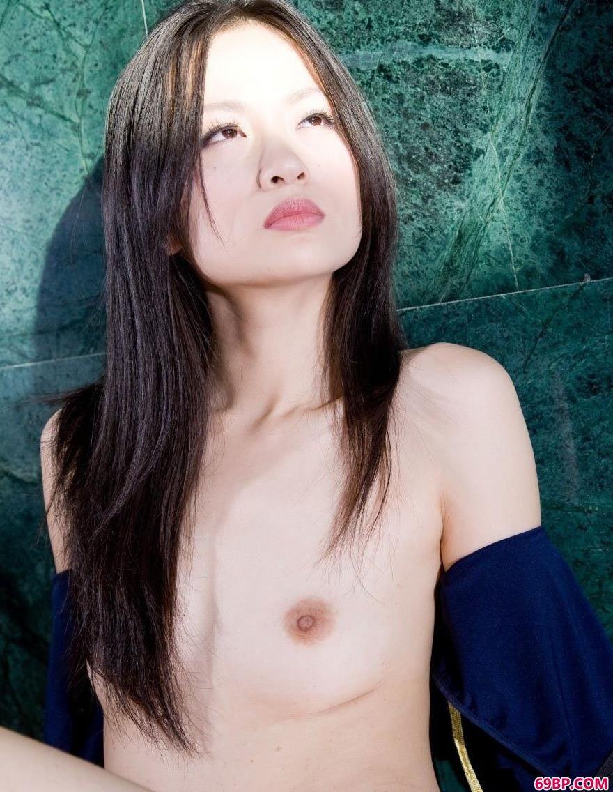 气质非凡METART国模胡月兰人体艺术6_胸大的美女
