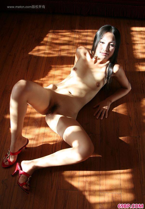 傅贞怡―《洒满阳光的屋子》5_国外西西人体y试看视频