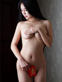 华裔美女Gigi今年过年收了好多红包啊