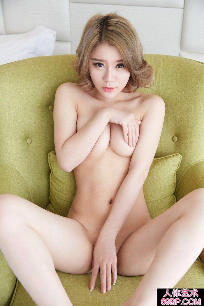 洋气的华裔模特Lisa私家人体写真第4张