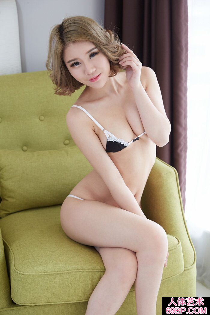 洋气的华裔模特Lisa私家人体写真第11张