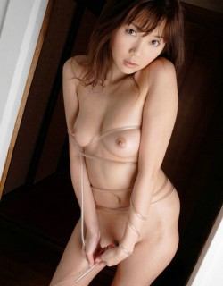 <b>日本美女小川�美�柔似水的写真</b>
