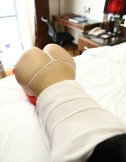 [ROSI写真] NO.2218红色丝袜火辣魅惑秀
