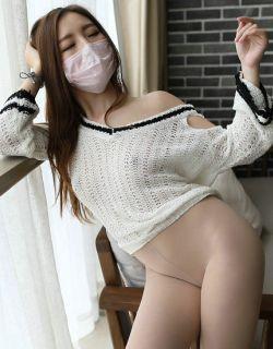 [ROSI口罩]NO.621_白色针织衣妹子居家无内肉丝写真