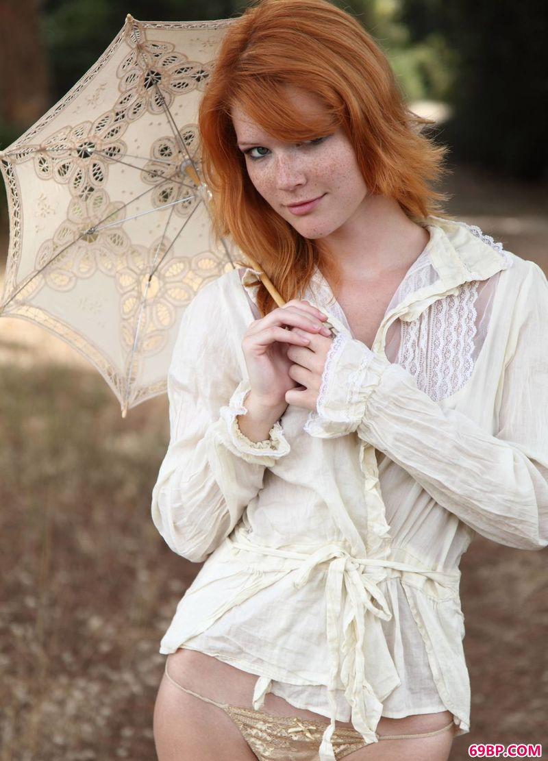 外拍红发妇人Mia_亚洲成熟中老妇女
