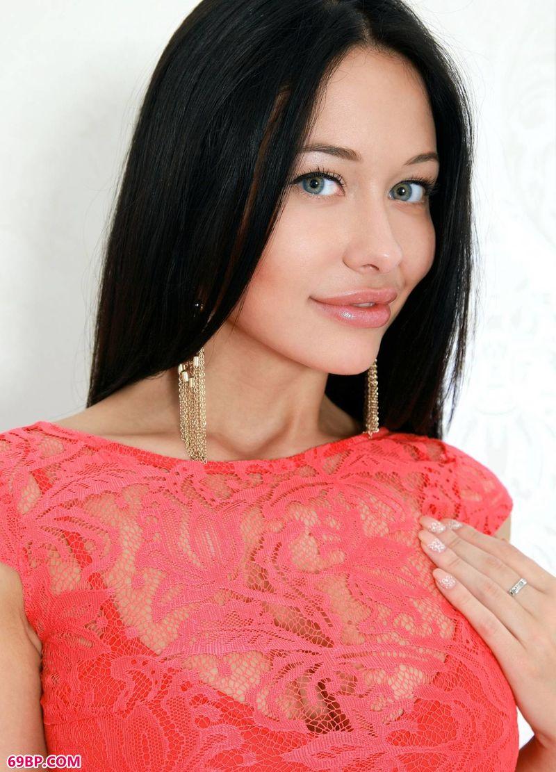 红裙漂漂嫩模Marsel_泰国nanCyho人体