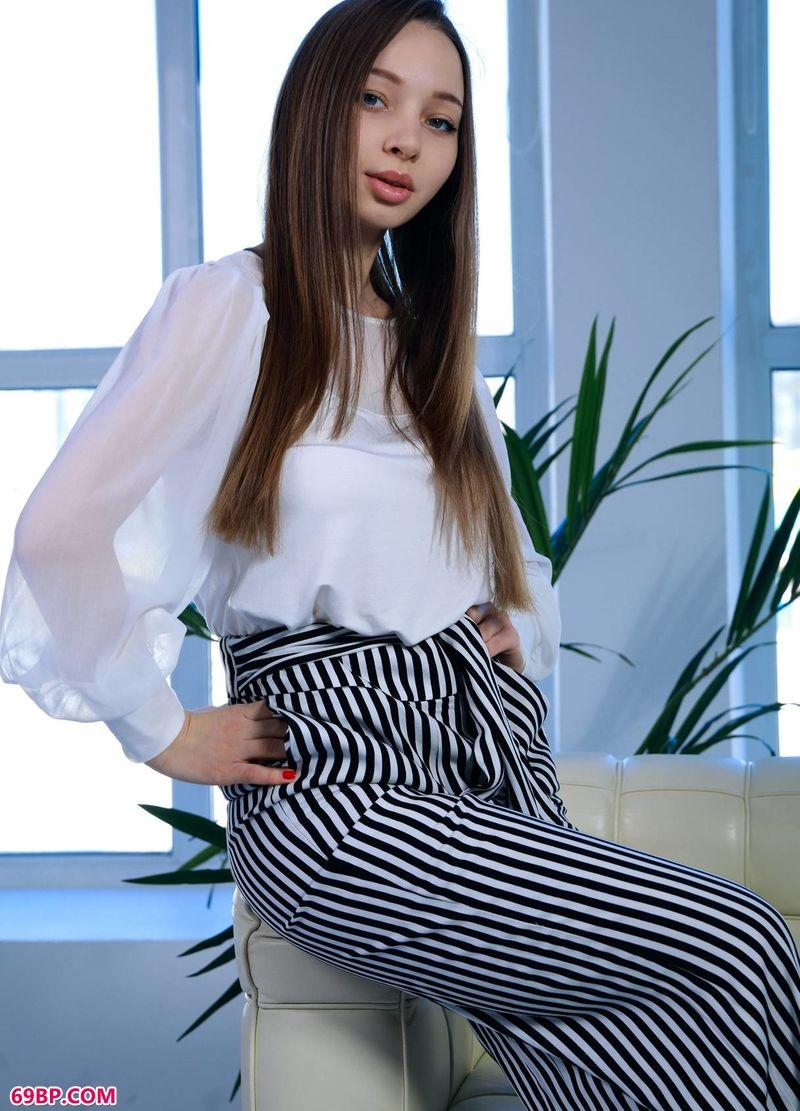时尚教母美体Charlize_人体艺体大图片网