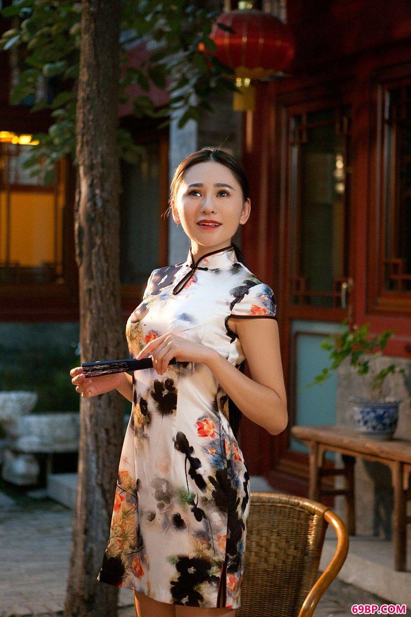 模特吴沐熙旗袍艺术写照_337p日本欧美人艺术