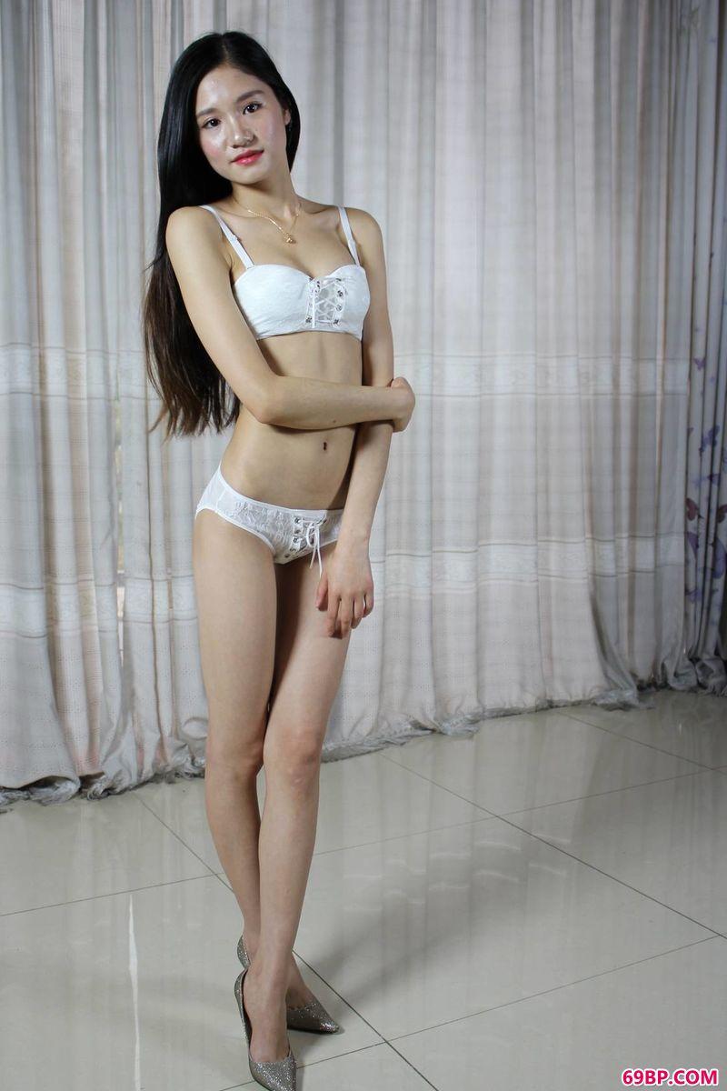 学生��自慰_窈窕少妇超模杨颖