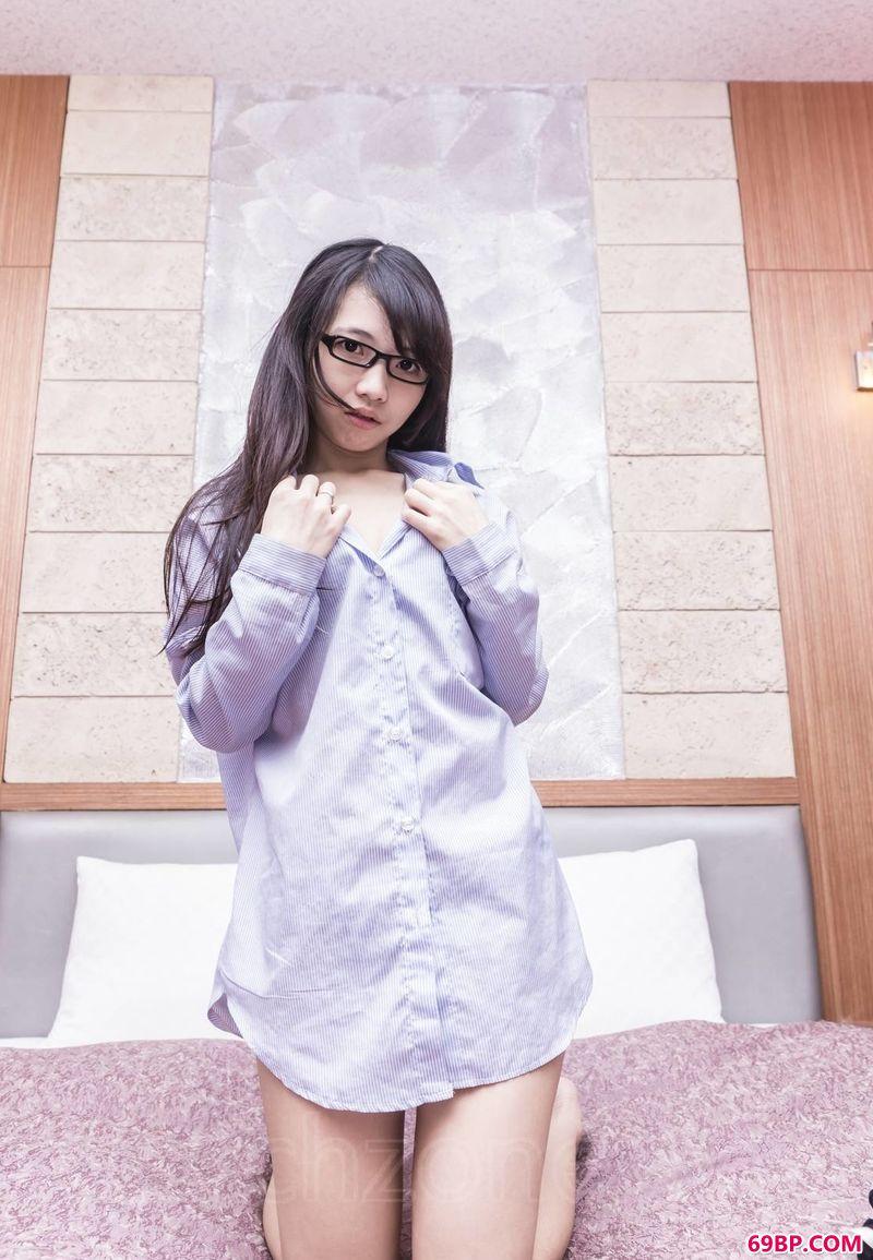 男式衬衫台湾靓妹小�