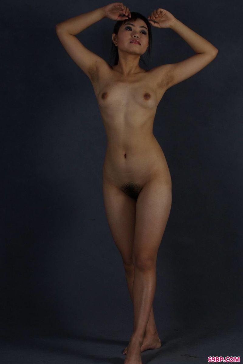 xixi模特瑞尔室拍美体_欧美艺术照
