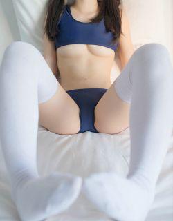 性感的微博网红大胆内衣写真艺术