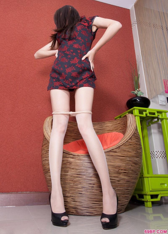 长腿嫩模Sabrina高跟肉丝热辣人体
